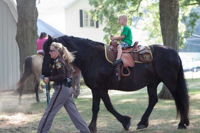 horse, signups, allendale back to school fair